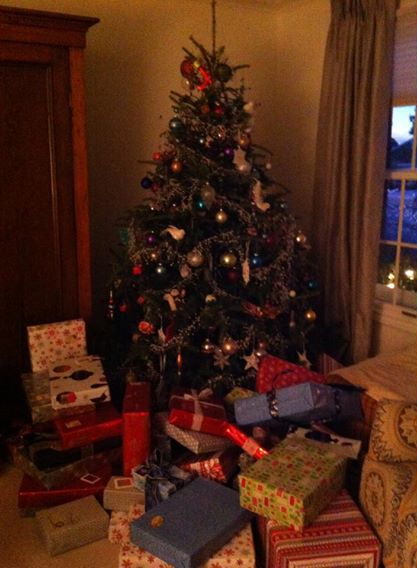 The typical Bliss family tree with presents underneath.
